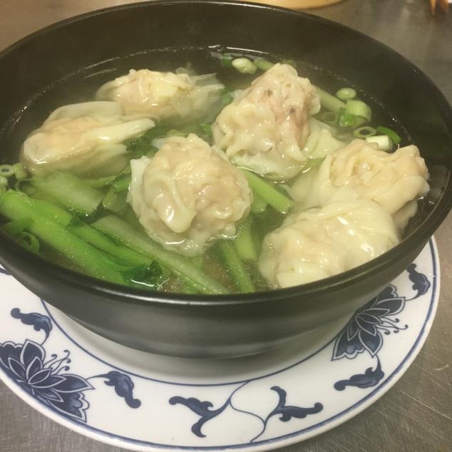 云吞汤河粉Wan tan soep met rijststick