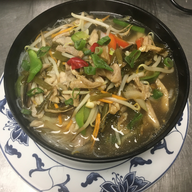 雪菜肉丝汤河粉Shue Choi en vlees met rijststick