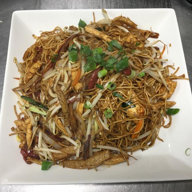 干炒三丝炒面3 soort vlees met bami droog