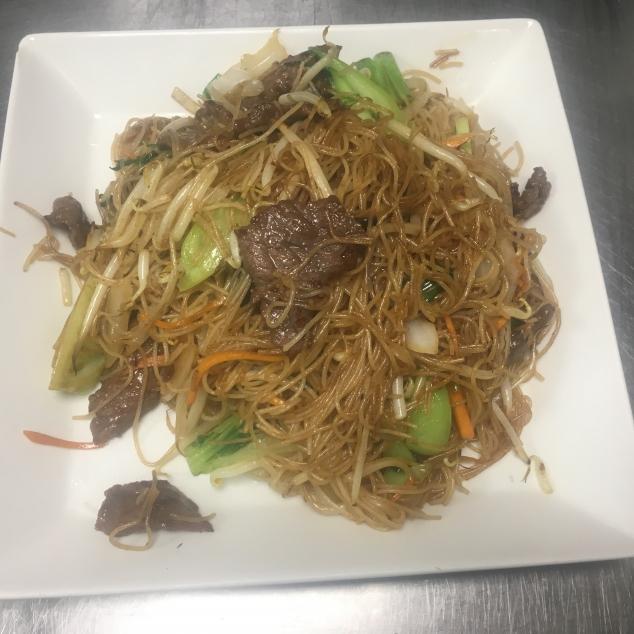 干炒菜远牛面Rundvlees en groente met  bami droog