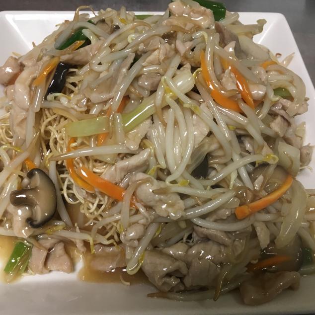 湿炒肉丝炒面Varkensvlees met bami nat gebakken