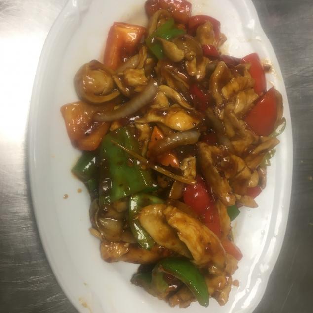 四川鸡Kip met zuur pittige saus
